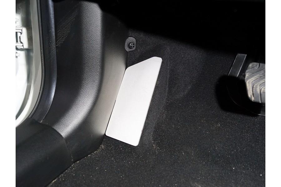 Накладка площадки левой ноги (лист алюминий 4мм)