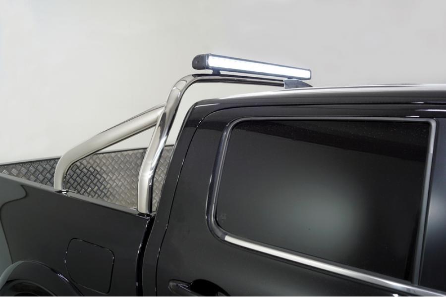 Защита кузова 75х42 со светодиодной фарой