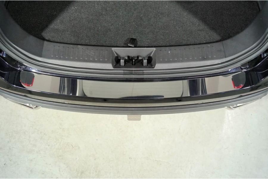 Накладки на задний бампер (лист зеркальный)
