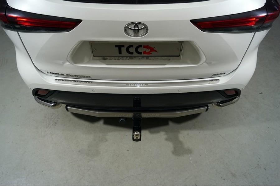 Накладка на задний бампер (лист зеркальный надпись Toyota)