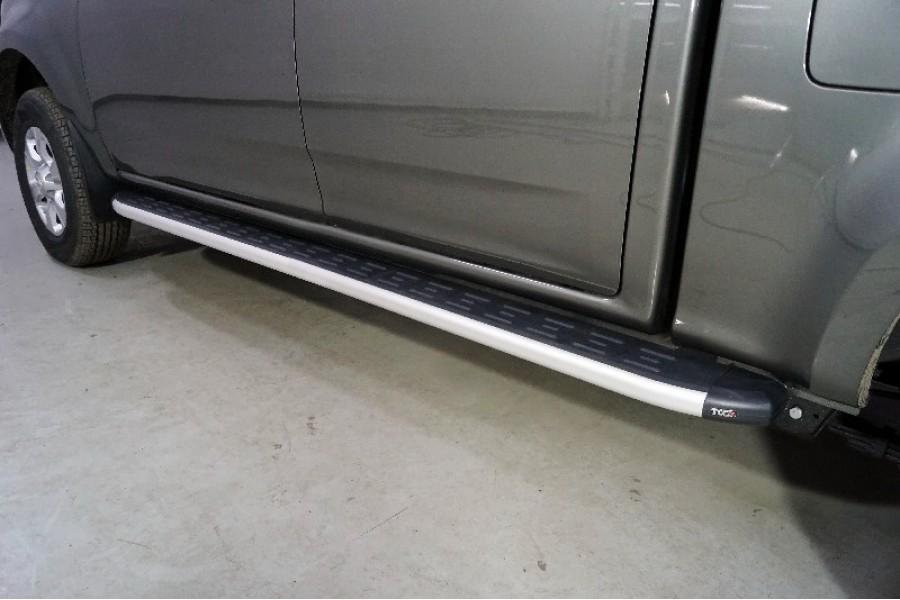 Пороги алюминиевые с пластиковой накладкой 2220 мм