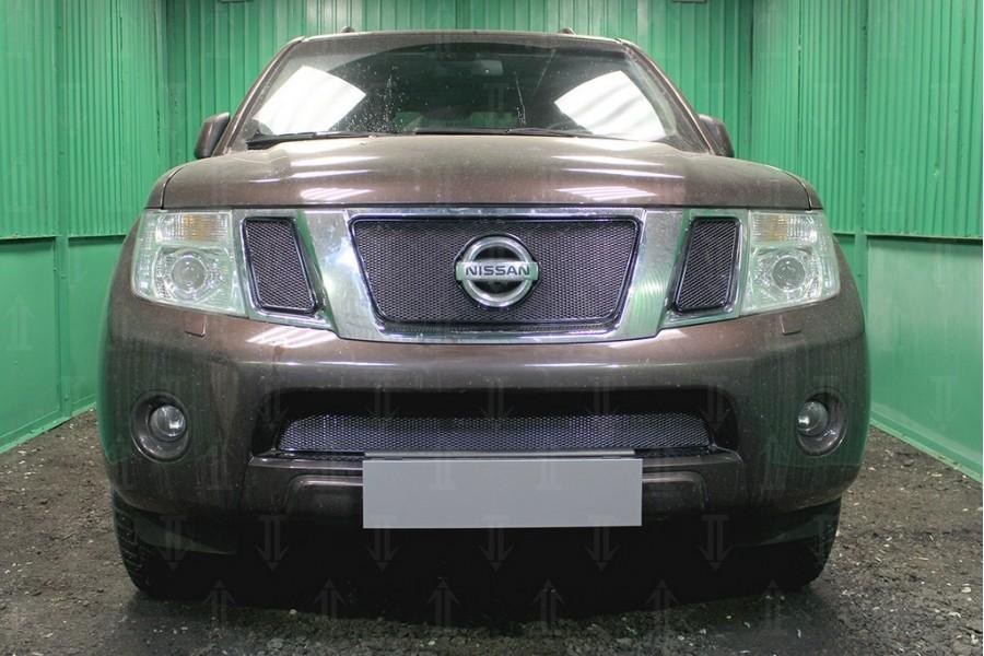 Защита радиатора Nissan NAVARA 2012-2014 black верх PREMIUM