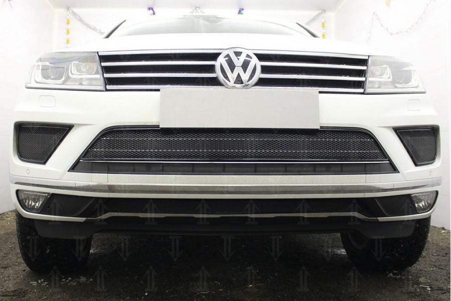 Защита радиатора Volkswagen Touareg II 2014-2018 black низ PREMIUM (кроме R-Line)