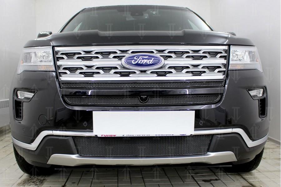 Защита радиатора Ford Explorer 2018- (2 части) с камерой black верх PREMIUM