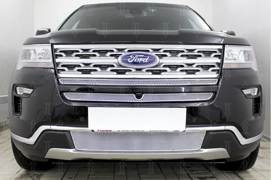 Защита радиатора Ford Explorer 2018- (2 части) с камерой chrome верх PREMIUM