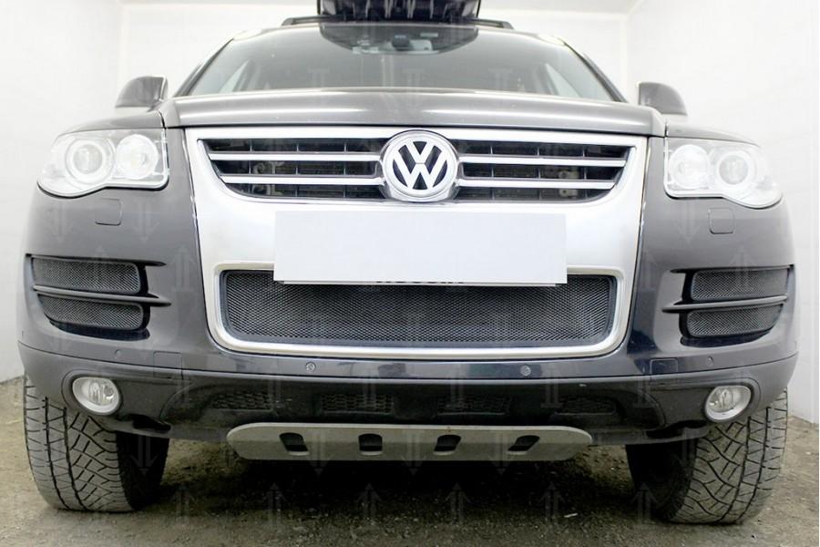 Защита радиатора Volkswagen Touareg I 2007-2010 боковая часть (4 части) black