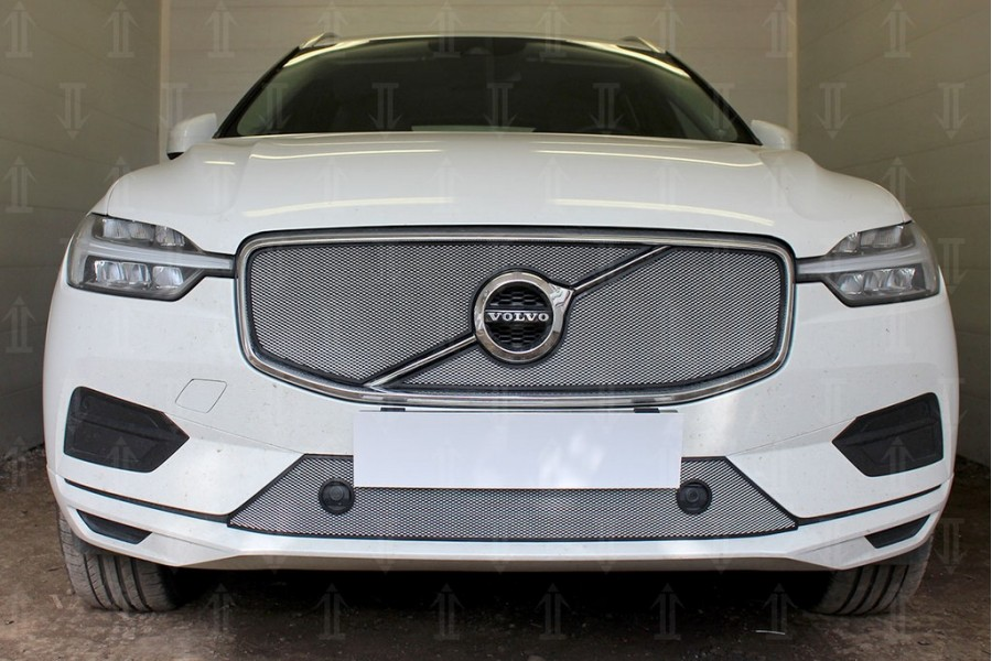 Защита радиатора Volvo XC60 2017- (2 части) chrome верх