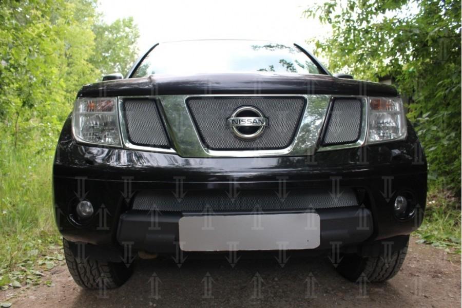 Защита радиатора Nissan Pathfinder III 2004-2010/Navara III (D40) 2005-2010 chrome верх