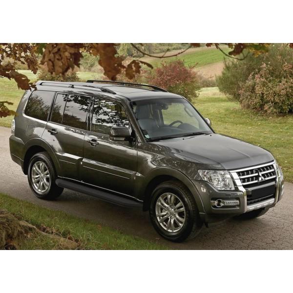 """Порог-площадка """"Premium-Black"""" Mitsubishi Pajero IV 2006-2011-2014-"""