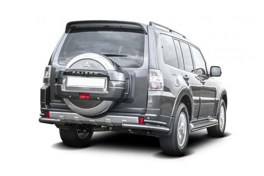 Защита заднего бампера d76+d42 уголки Mitsubishi Pajero IV 2011-2014-
