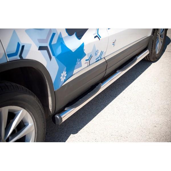 VolksWagen Tiguan Sport & Style 2011-2016 Пороги труба d76 с накладками (вариант 2)