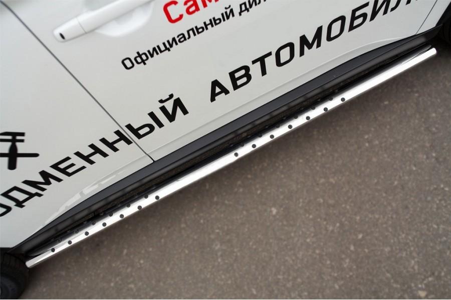 Mitsubishi Outlander 2014 Пороги труба 75х42 овал с проступью