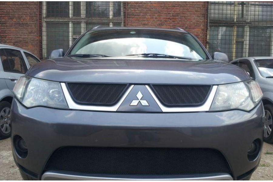 Защита радиатора Mitsubishi Outlander XL 2006-2010 black верх
