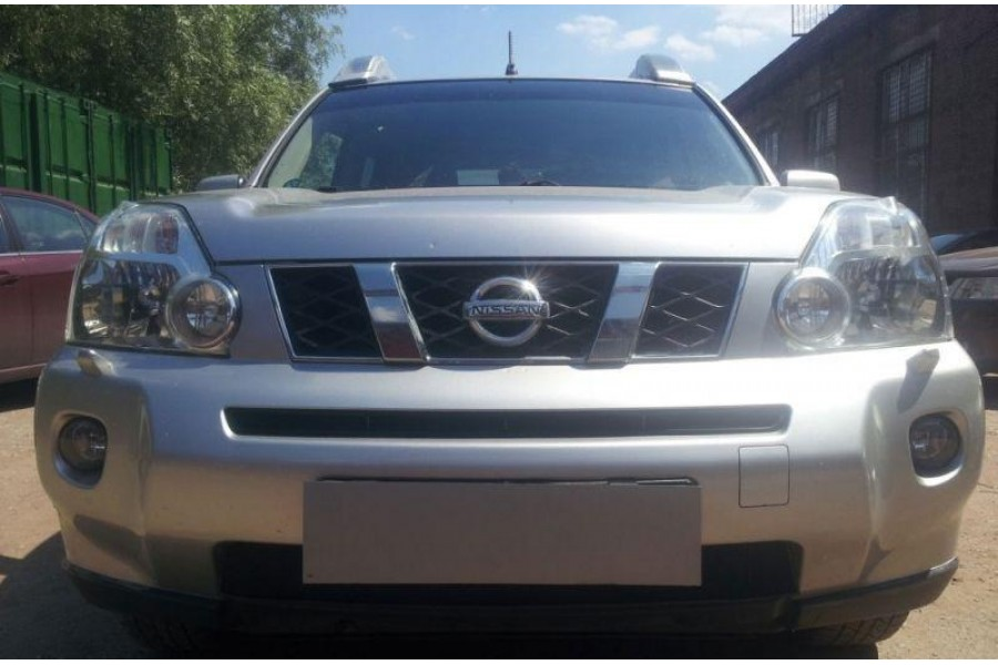 Защита радиатора Nissan X-Trail 2007-2010 black середина