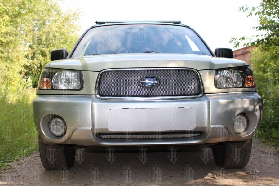 Защита радиатора Subaru Forester II 2002-2005 black верх