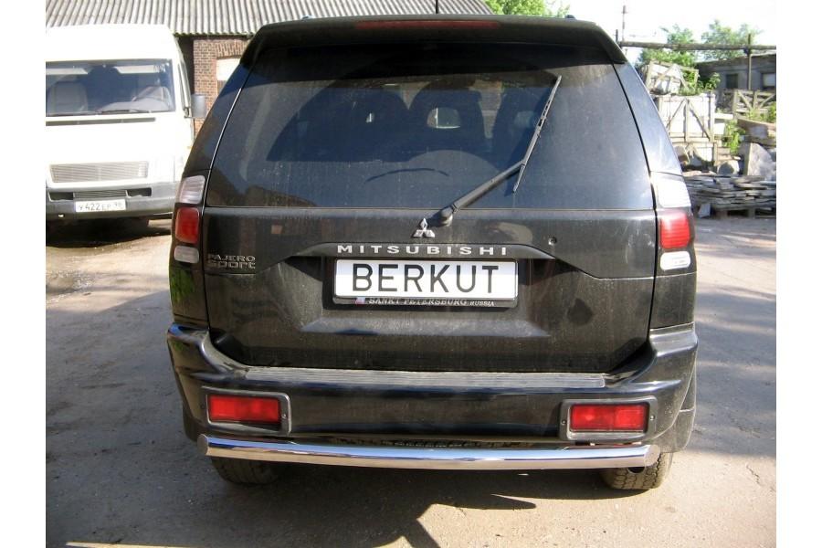 Защита задняя одинарная d60 (скосы) Mitsubishi Pajero Sport 2000-2005-2008