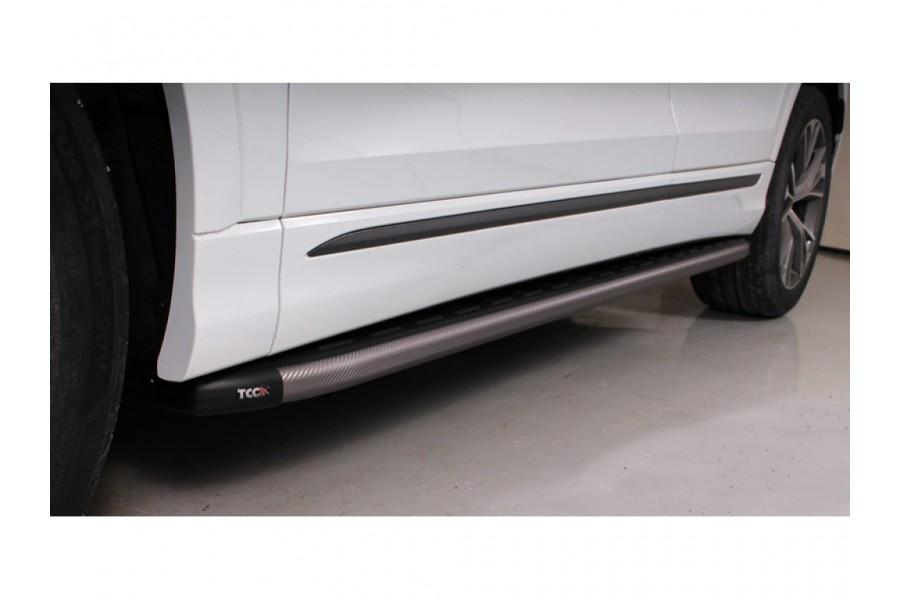 Пороги алюминиевые с пластиковой накладкой (карбон серые) 2020 мм