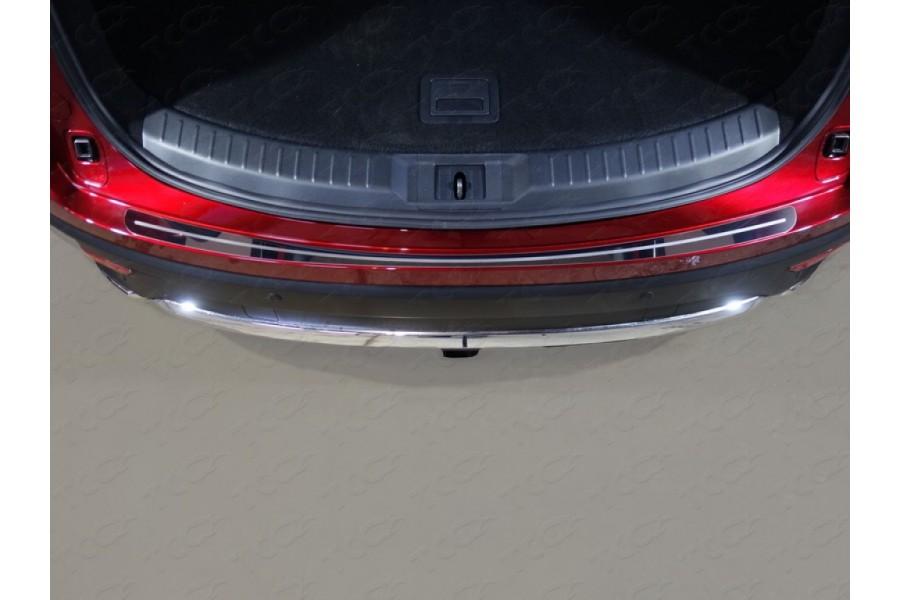 Накладка на задний бампер (лист зеркальный с полосой)