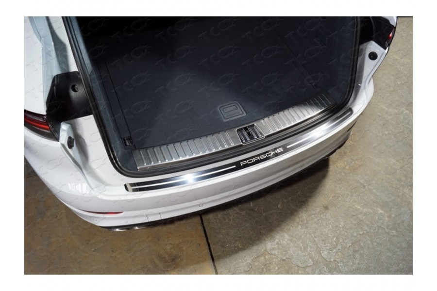 Накладка на задний бампер (лист зеркальный надпись Porsche)