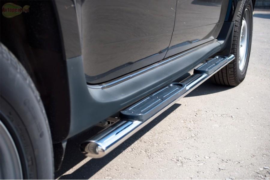 KIA Sorento 2006-2009 пороги труба d75х42 овал с накладками KSO-000016