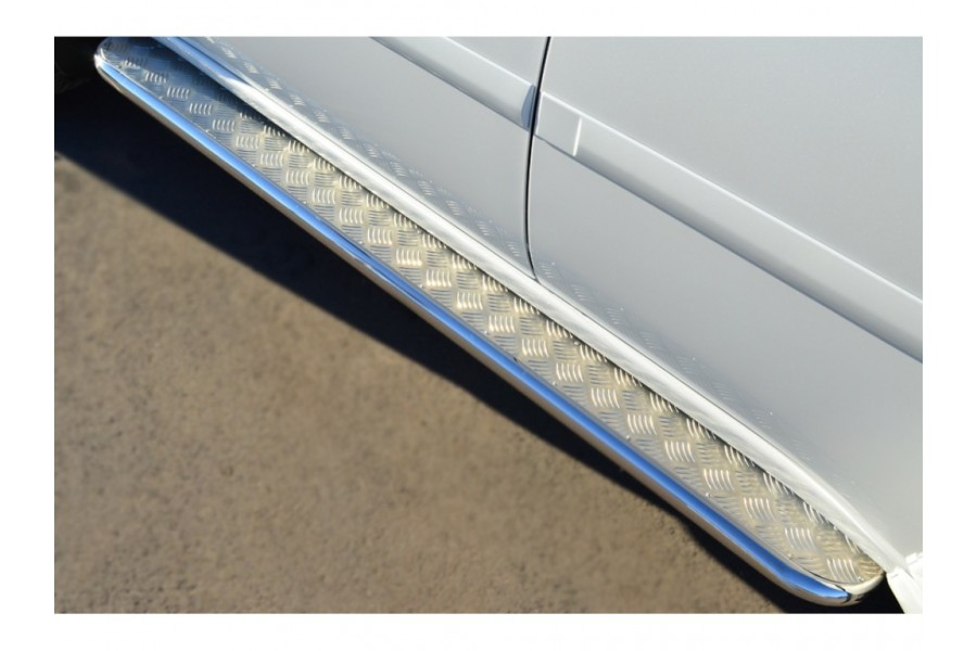 Mitsubishi Pajero Sport 2013 Пороги труба d42 с листом (Лист нерж,проф.нерж)(Вариант2) MPSL-0015813
