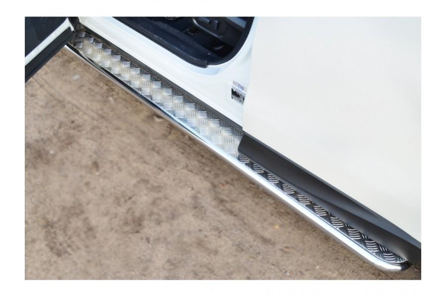 Subaru Forester 2013 Пороги труба d42 с листом (вариант 2) (устанавливаются без дутых брызговиков)
