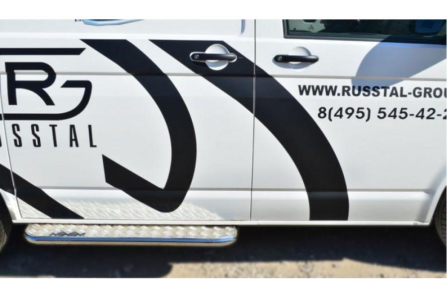 VOLKSWAGEN Multivan/Caravelle 2010- Пороги труба d42 с листом (Лист алюм,проф.сталь)(2) VTKL-0013992