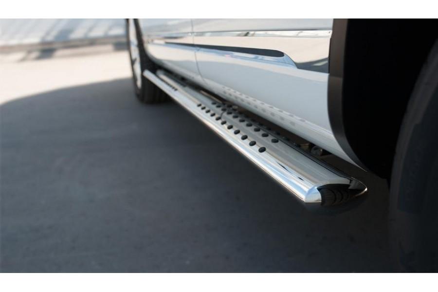 VolksWagen Touareg 2014- Пороги труба 120х60 овал с проступью