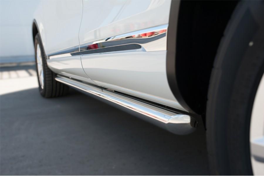 VolksWagen Touareg 2014- Пороги труба d63 (вариант 1)