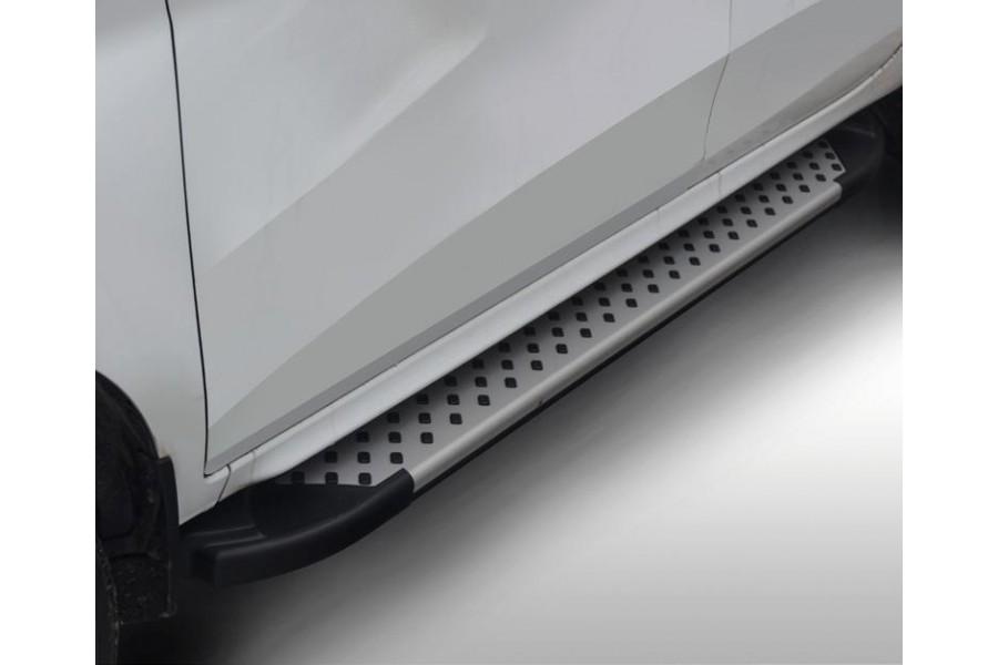 Lada XRay. Пороги, алюминиевый профиль