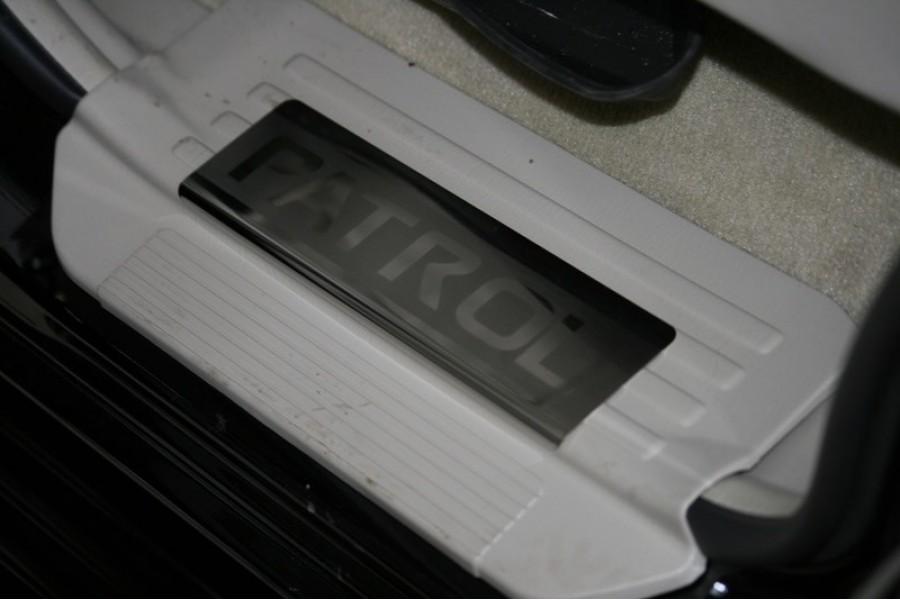 Накладки на внутр. пороги без логотипа (компл. 4 шт) на металл