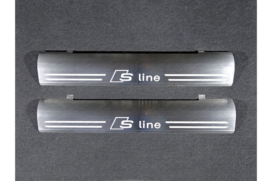 Накладки на пластиковые пороги (лист шлифованный надпись S Line)