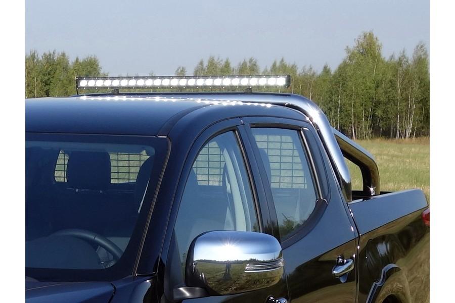 Защита кузова и заднего стекла 76,1 мм со светодиодной фарой