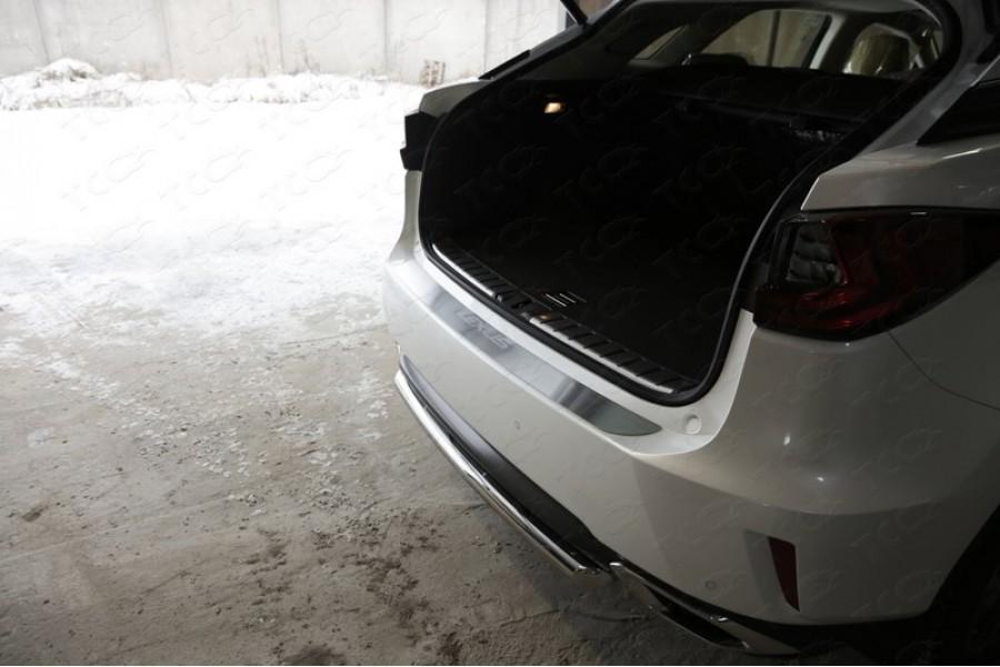 Накладка на задний бампер (лист шлифованный надпись Lexus)