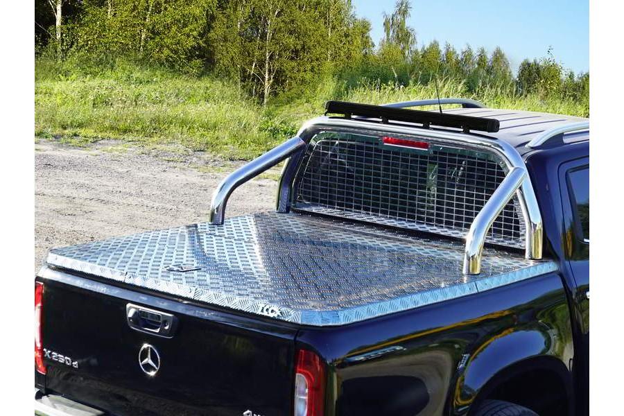 Защита кузова и заднего стекла (для крышки без надписи) 76,1 мм со светодиодной фарой