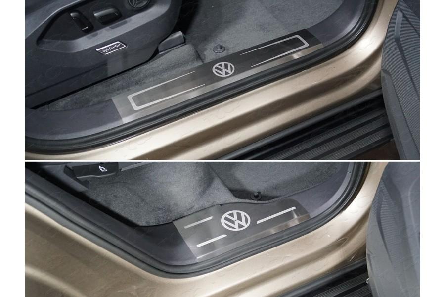 Накладки на пластиковые пороги (лист шлифованные логотип VW) 4шт
