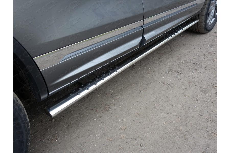 Пороги овальные с проступью 75х42 мм