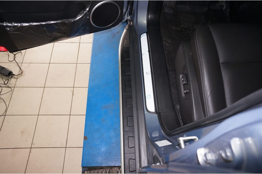 Пороги алюминиевые (Alyans) Chevrolet Captiva (Шевроле Каптива) (2006-2010-)/Opel Antara (Опель Антара) (2006-2010-)